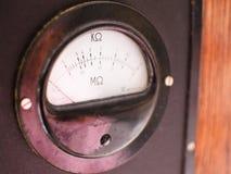 Старое сопротивление метра стоковые фотографии rf