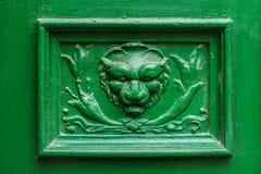 Старое украшение двери - голова льва Стоковое Фото
