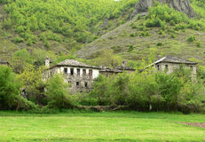 Старое  houseÑ в горе Rhodope, Болгарии Стоковые Изображения RF