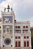 Старое ` Orologio Dell Torre часов в квадрате Сан Marco, Венеции, Италии Стоковые Изображения RF