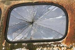 Старой окно разрушенное тележкой Стоковые Фотографии RF
