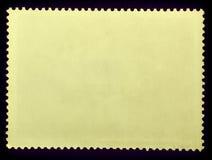 Старой сторона штемпеля текстуры grunge вывешенная бумагой обратная изолированная на черной предпосылке скопируйте космос Стоковые Фотографии RF