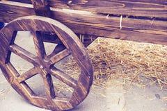 Старой тележка нарисованная лошадью деревянная Стоковое Фото