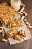 Старомодная пахта Penuche Fudge конфета с арахисами стоковое изображение