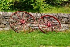 Старомодные колеса телеги Стоковые Фотографии RF