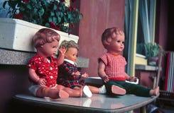 Старомодные марионетки на балконе В начале 1960-ых годов Южная Германия стоковое фото rf