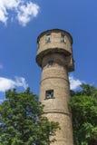 Старомодная водонапорная башня сделанная кирпичей, водонапорная башня, дом танка, инфраструктура, резервуар стоковое изображение rf