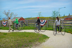 Старомодное катание велосипеда Стоковая Фотография