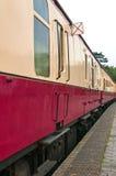 Старомодные экипажи пассажирского поезда Стоковые Изображения