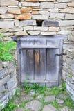 Стародедовская дверь амбара Стоковые Изображения RF