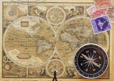 стародедовский сбор винограда карты компаса старый Стоковые Фото