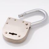 старо раскройте тип padlock Стоковая Фотография RF