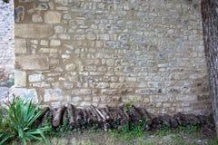 Старо stonewall, штабелированный швырок вносит дальше фронт в журнал Стоковое Изображение