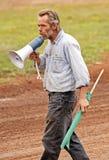 стартер должностного лица derby подрыванием автомобиля Стоковые Изображения
