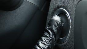 Старт двигателя макроса и кнопка стоп автомобиля стоковое изображение