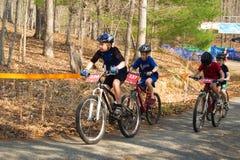 Старт гонки горного велосипеда Стоковая Фотография RF