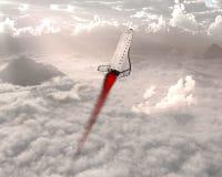 Старт космического летательного аппарата многоразового использования, облака, небо Стоковые Фото