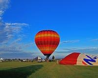 Старт утра множественных использующих горячих воздух воздушных шаров Стоковая Фотография RF