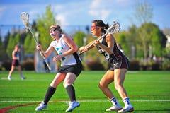 старт lacrosse девушок игры притяжки к Стоковые Фотографии RF