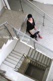 Старшая работа женщины на компьтер-книжке Стоковая Фотография