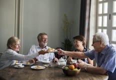 Старшее единение перерыва на чай образа жизни Стоковая Фотография RF