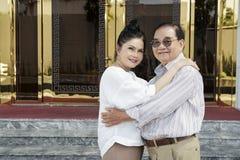 Старшие пары в влюбленности стоковое изображение rf