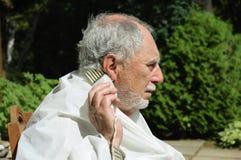 Старший брить мужчины Стоковое Изображение