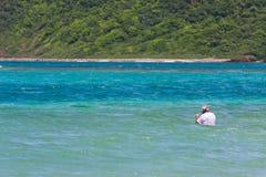 старший гражданина snorkeling Стоковое Фото