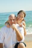 Старший человек и зрелая женщина совместно стоковая фотография