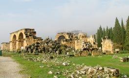 Старые античные руины города Hierapolis стоковое фото rf