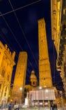 Старые башни и церковь в болонья, Италии Стоковая Фотография RF