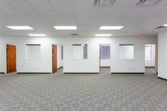 Старые вакантные размеры офиса Стоковая Фотография