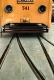 Старые винтажные трамваи в Лиссабоне стоковая фотография rf