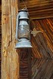 Старые виды фонарика на столбе Стоковая Фотография RF