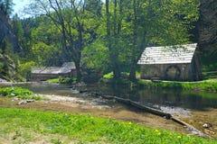 Старые водяные мельницы стоковое изображение