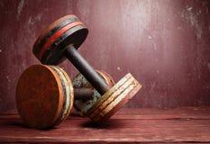 Старые гантели Стоковая Фотография RF