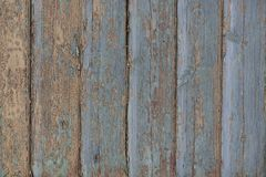 Старые деревянные голубые доски с крошить краска стоковое изображение