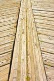 Старые деревянные предкрылки пола для на открытом воздухе пользы вставленные с ногтями металла стоковое фото rf
