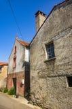 Старые дома в улице стоковые изображения rf