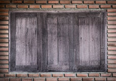 Старые деревянные окна Стоковое Фото