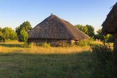Старые деревянные дома, бревенчатые хижины Стоковая Фотография