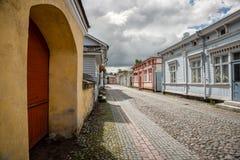 Старые деревянные дома в Rauma Финляндии Стоковое Изображение RF