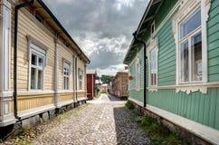Старые деревянные дома в Rauma Финляндии Стоковое Фото