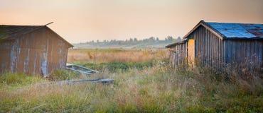Старые деревянные дом и шлюпки Стоковая Фотография RF