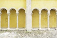 Старые желтые своды в Palacio da Pena стоковое изображение rf