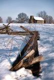 Старые загородка и кабина на национальном парке кузницы долины Стоковое фото RF