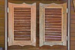 Старые западные отбрасывая двери салона Стоковые Изображения RF