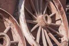Старое западное колесо фуры Стоковые Фото