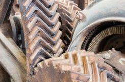 Старые заржаветые шестерни на машине Стоковая Фотография