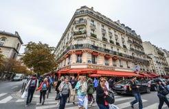 Старые здания в Париже, Франции стоковая фотография rf